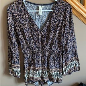 Other - Super cute long sleeve romper!